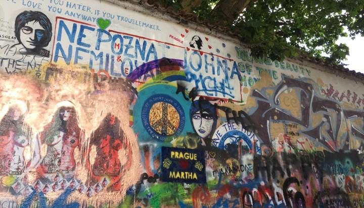 Mur Lennona