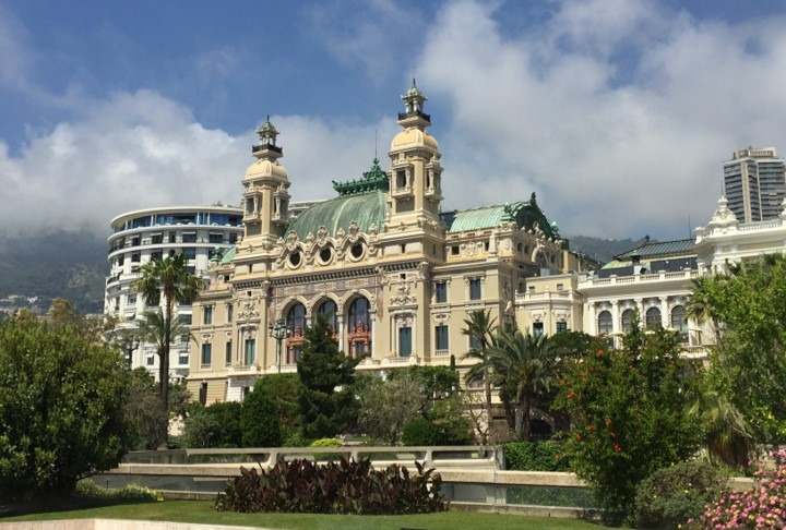 tył gmachu kasyna Monte Carlo