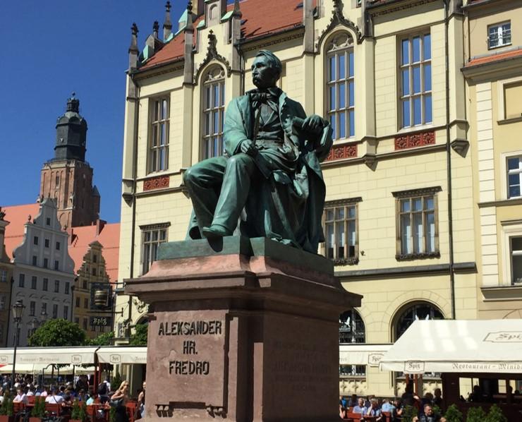 pomnik Aleksandra Fredry
