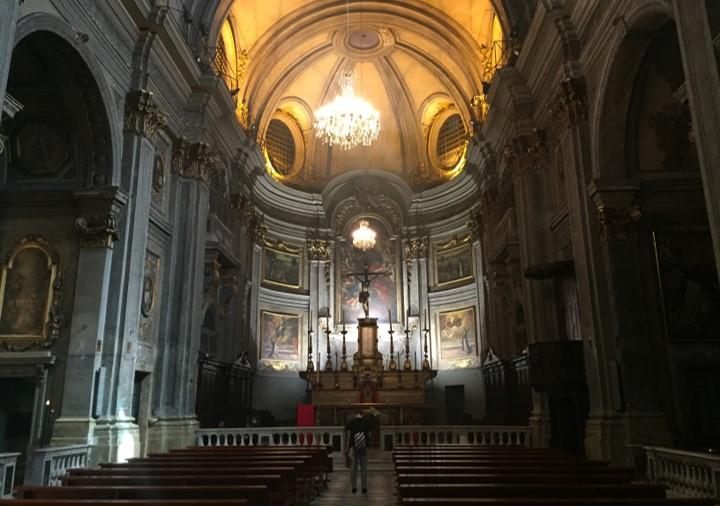 wnętrze kościoła św. Franciszka z Paoli